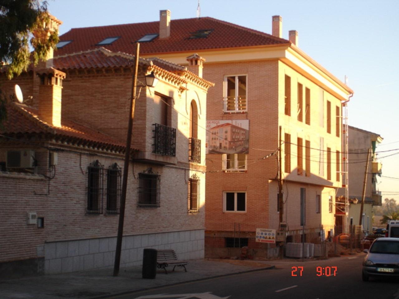 Fachadas de ladrillo rustico good fachada de casa rustica for Fachadas de ladrillo rustico